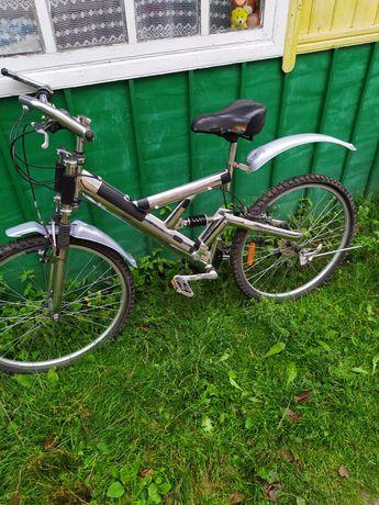 Продам горний велосипед на 26 колесах