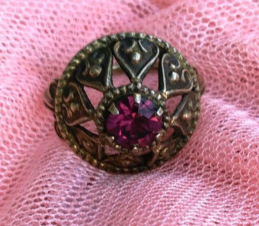 Кольцо СССР с камнем серебро 3,33 (19.5 р) винтаж