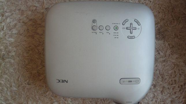 Projektor NEC VT37