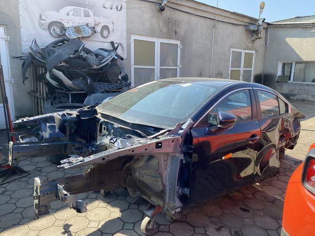 На мазда 3 кузов c 2019 бп Mazda 3 bp разброка мотрот коробкка салон