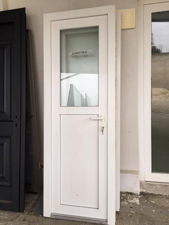 3 portas em pvc branco
