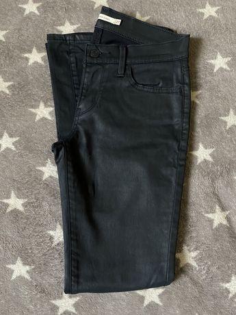 Женские джинсы Guess, Levi's