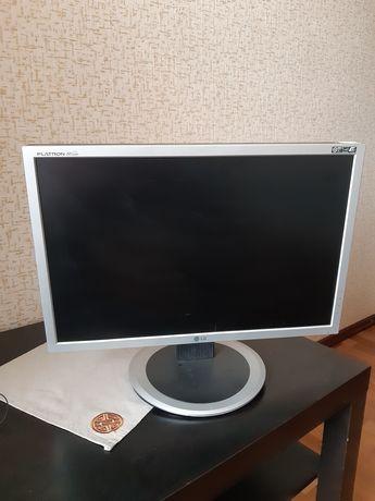 Монитор LG Flatron Wide 20