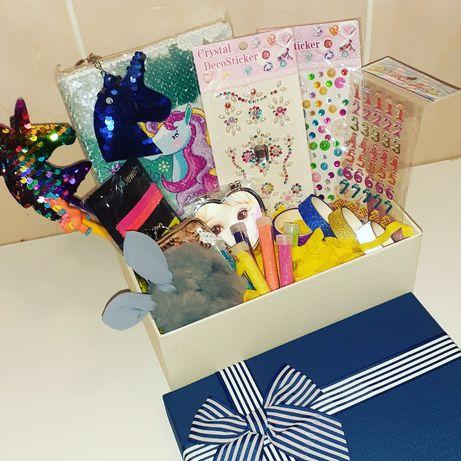 Подарочный набор канцелярии бокс на подарок для девочки