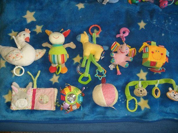 Pozytywki i zabawki/zawieszki do wozka czy lozeczka w bdb stanie. Tani