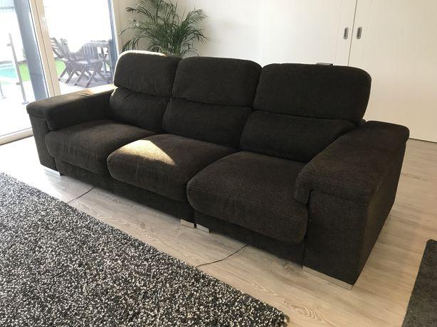 Sofá de 3 lugares com assentos deslizantes