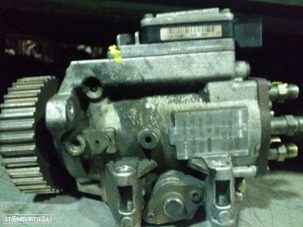 Bomba Injetora Audi A6 2.5TDI (150cv) de 2000
