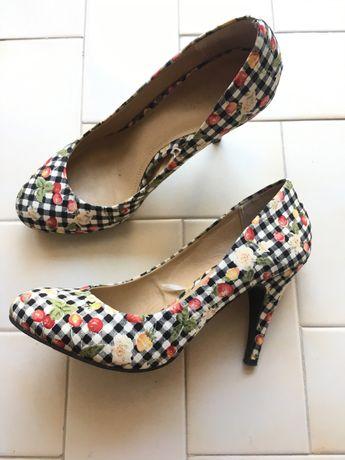 Sapatos tamanho 40