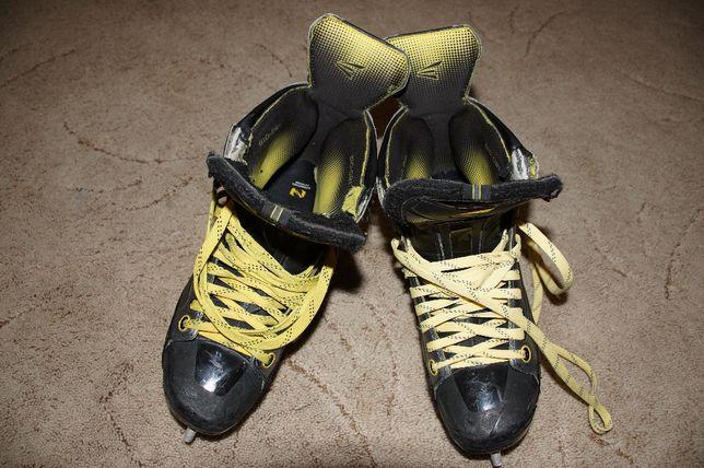 Коньки хоккейные Easton, размер 12 взрослый