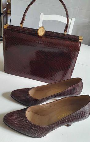 Conjunto de mala e sapatos vintage em pele genuína de cobra.