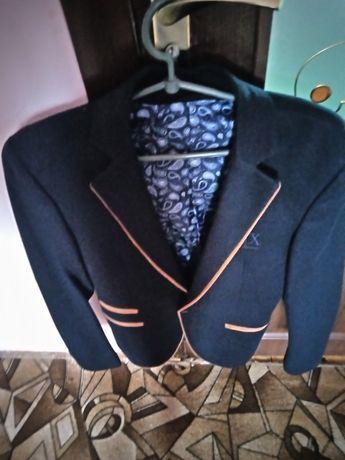 Чоловічий піджак,рехлик
