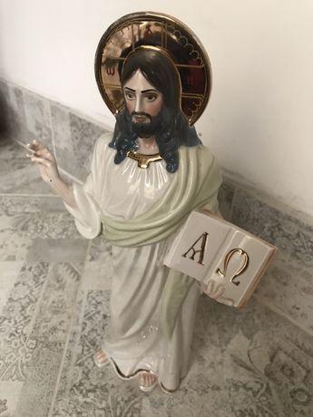 Фарфоровая статуэтка Иисус Христос