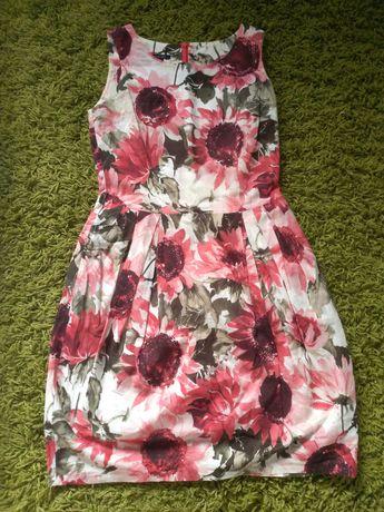 Letnia sukienka w czerwone kwiaty na wesele Ette Lou