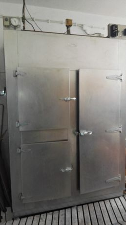 Vendo arca frigorífica em Inóx interior em mármore.