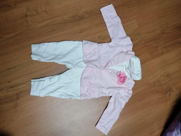 Różowo-biały zestaw dla niemowlaka rozmiar 56