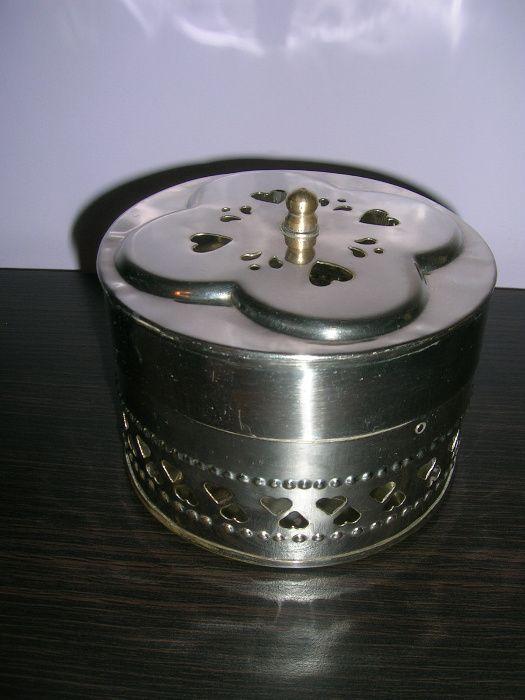 Posrebrzana szkatułka piękna okrągła zamykana!!! Przeworsk - image 1