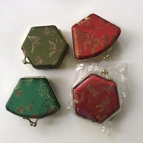 Шкатулка для украшений в китайском стиле.