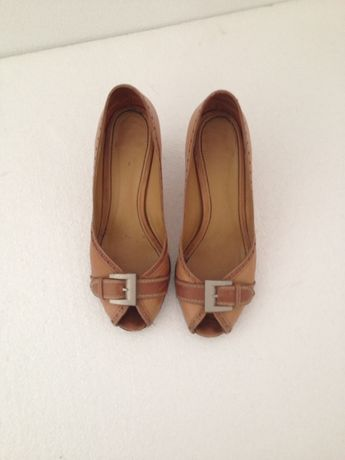 Sapatos 37 Latouche