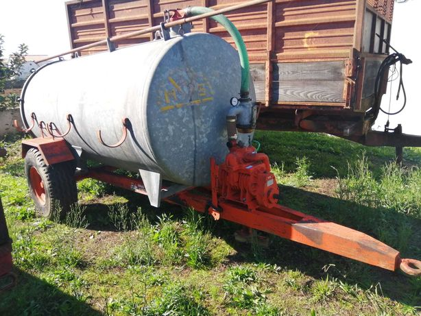 Cisterna Agrícola 3000L Usada