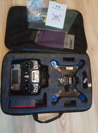 Profesjonalny DRON  wyścigowy (Racecopter) Reely X-220