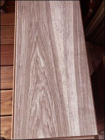 Panele podłogowe - DĄB - listwy - V-fuga - 17m kw. - 700zł taniej