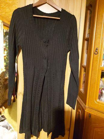 Nienoszony czarny sweter na 3 zatrzaski S/M