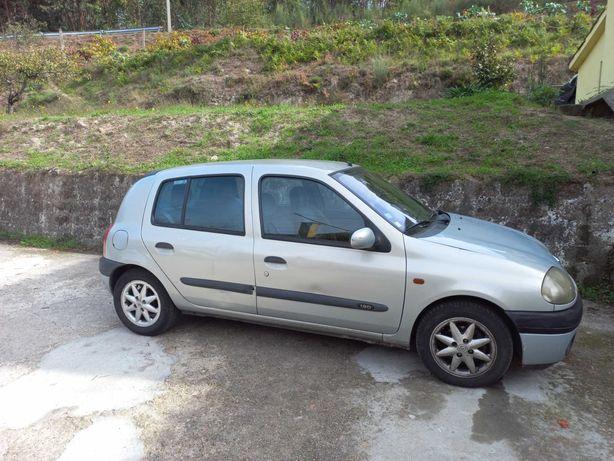 Renault Clio Diesel 1.9