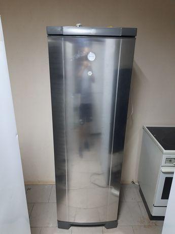 Холодильник Siemens, Electrolux,AEG.
