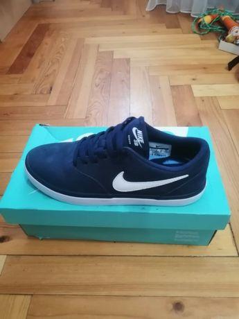 Кеды Nike новые 40р