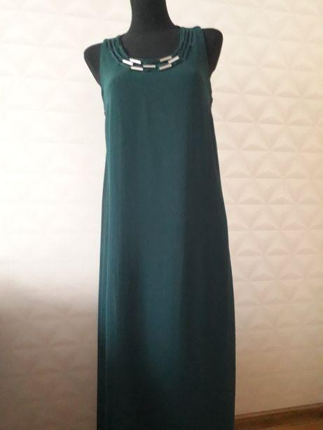 Sukienka z wdziankiem 40