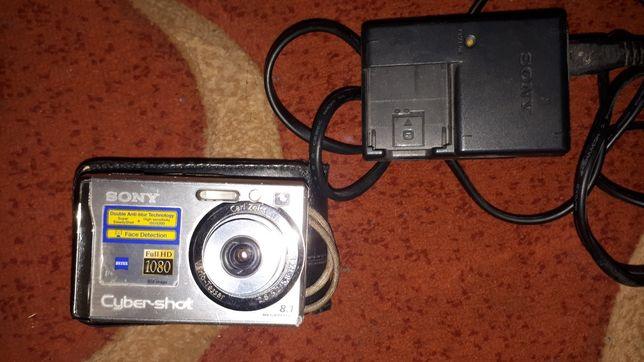 Цифровой фотоаппарат SONY Cyber-shot DSC-W90.