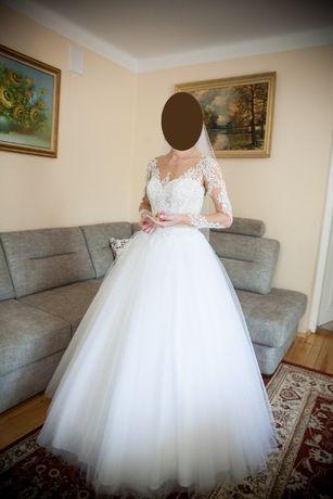 Suknia ślubna typ princess