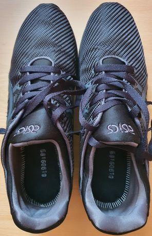 Buty sportowe męskie Asics rozmiar z metki 45, 28.5 cm.