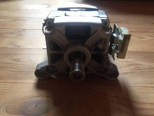 Двигатель мотор MCA 38/64-148 для стиральной машинки