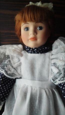 Колекційна порцелянова кукла,лялька