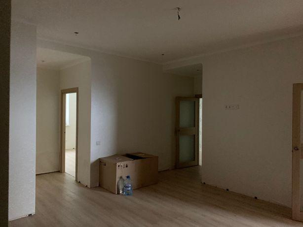 Новострой 3х комнатная квартира 120м,Калининский район,пр.Ильича