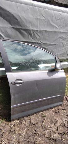 drzwi prawy przód VW golf 5 plus szare LA7T