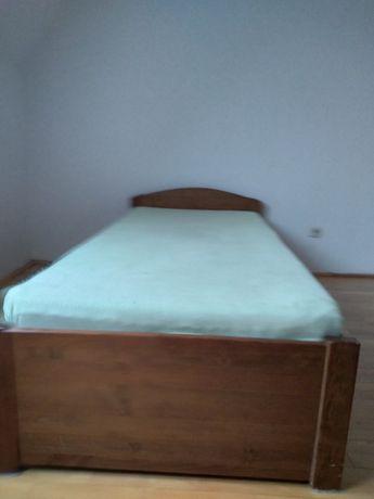 Łóżko drewniane z szufladami