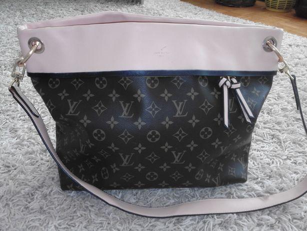 Torebka Louis Vuitton 43x33x13cm