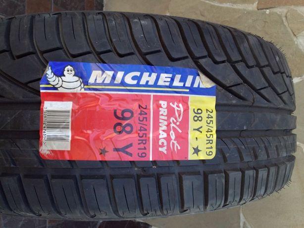 Продам шину новую Michelin R19 245х45-3000 руб. тел. 0713586029