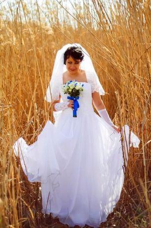 Свадебное платье 50 - 54 р.