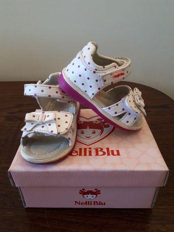 Sandałki dziewczęce rozmiar 21.