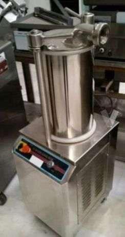 Máquina de Enchidos Eléctrica Produçao 400 kg NOVA