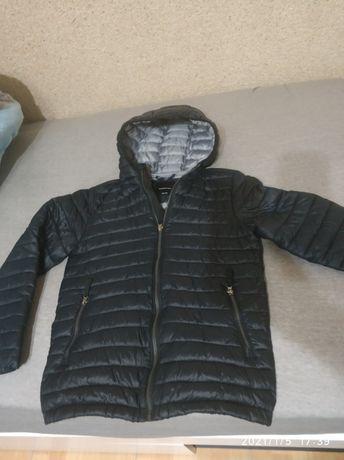 Kurtka Reserved 140 czarna jesień wiosna