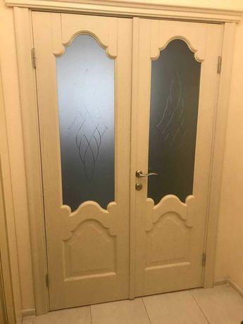 Двері міжкімнатні двостворчаті б/у