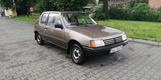 Peugeot 205 z 1985 roku!