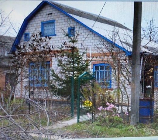 Пропоную  чудовий будинок в екологічно чистому районі.