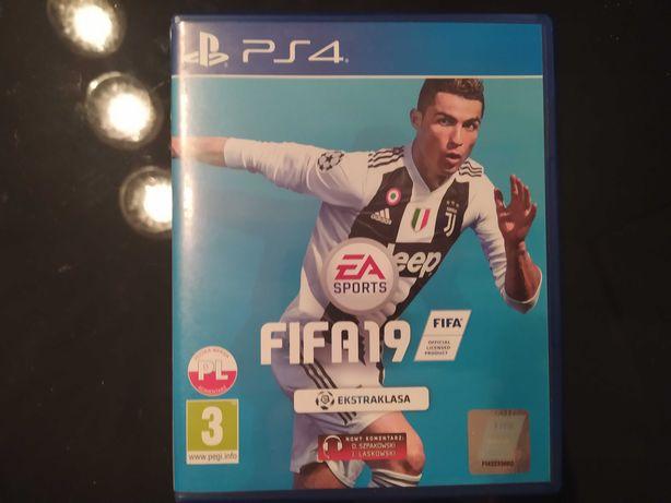 FIFA 19 na PS4 super stan