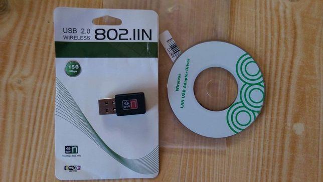 Kompaktny moduł WiFi USB z sterownikamy na CD. Stan BDB.