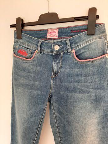 Spodnie damskie jeansy dżinsy rurki skinny superdry